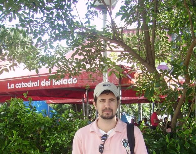 """En la heladeria Coppelia, """"la catedral del helado"""". Aqui transcurre parte de la trama de la pelicula cubana candidata al Oscar """"Fresa y chocolate""""."""